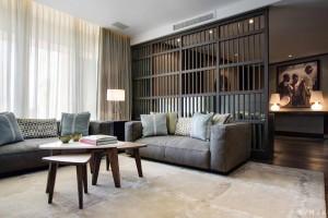 elegant-living-room-decor-of-modern-penthouse-interior-design-ideas